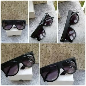 Accessories - Over size black 400Uv protection sunglasses Top Fr